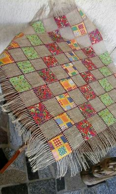 Patchwork Table Runner, Table Runner Pattern, Patch Quilt, Quilt Blocks, Patchwork Quilting, Quilts, Embroidery Patterns, Crochet Patterns, Burlap Table Runners