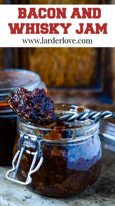 Super easy bacon and whisky jam with coffee and maple syrup, rich and packed with flavouor its as good on toast as it is in cooking too #baconandwhiskyjam #baconandbourbonjam #baconjam #savourypreserves #larderlove Maple Bacon Jam Recipe, Jam Recipes, Real Food Recipes, Fried Egg On Toast, Scottish Recipes, Grilled Tomatoes, Smoked Bacon, Larder, Food Gifts