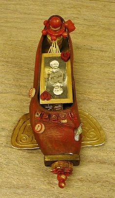 Shoe shrine
