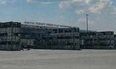 Донбасс новости: Около 10 единиц бронетехники из России прибыло в район аэропорта города Донецка, сообщает: http://dni.com.ua/ukrnews/22416-donbass-novosti-okolo-10-edinic-bronetehniki-iz-rossii-pribylo-v-rayon-aeroporta-goroda-donecka.html