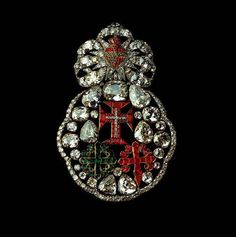 Portuguese crown jewels: Badge of the 3 orders (Order of Aviz, Order of Christ and Order of Saint James of the Sword). 1789.