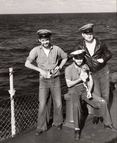 US Navy Chief Petty Officer uniforms in WWII; khakis were for dress!
