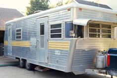 Caravan / trailer before and after