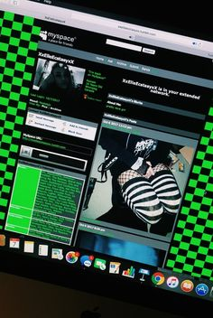 Find images and videos about green, dark and theme on We Heart It - the app to get lost in what you love. Scene Kids, Emo Scene, Billie Eilish, Emo Princess, Lila Baby, Ibuki Mioda, Rawr Xd, Cybergoth, Aesthetic Grunge