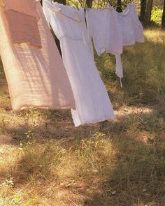 Picnic At Hanging Rock – Style Inspiration – Life Rock Style, Fotografia Retro, Picnic At Hanging Rock, The Cardigans, Grunge, Summer Aesthetic, Madame, Dream Life, Ethereal