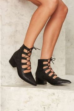 E8 by Miista Winter Lace-Up Leather Heel