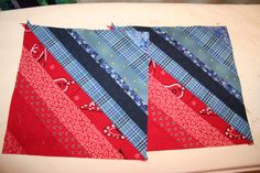 Nice clear tute for strip quilting the easy way ! http://www.seamstobeyouandme.com/2010/08/31/a-string-quilt-tutorial/
