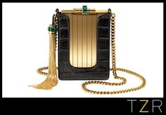 I'm loving this Gucci evening case!!