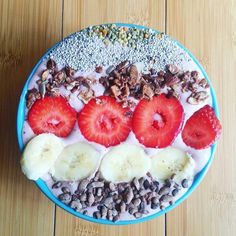 Rise and energize with Mamma Chia organic ‪#‎ChiaSeeds‬! Perfect for ‪#‎smoothiebowl‬ toppings, our chia seeds are a wonderful way to add more complete protein, omega-3s, fiber, calcium and magnesium to your diet! Plus, we source the highest quality, USDA Certified Organic and Non-GMO verified chia seeds Mamma Earth has to offer! Order online and save 15% with code FB15 www.ShopMammaChia.com ‪#‎SeedYourSoul‬ ‪#‎Chia‬ ‪#‎Organic‬ ‪#‎NonGMO‬ ‪#‎Omega3‬ ‪#‎Protein‬ ‪#‎Fiber‬ ‪#‎Calcium‬…