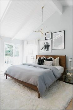 The Stylish Modern Bedroom Furniture (Vintage, Rustic, and Mid Century Bedroom Furniture Sets) Modern Bedroom Furniture. At the end of the busy day, there is nothing better than… Modern Bedroom Design, Master Bedroom Design, Home Bedroom, Bedroom Ideas, Gray Bedroom, Scandinavian Style Bedroom, Bedroom Colors, Bedroom Designs, Bedroom Small