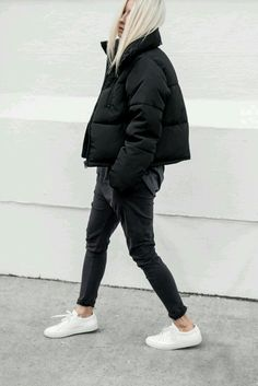 Perfect Fall Look – Latest Casual Fashion Arrivals. 34 Surprisingly Cute Outfits Every Girl Should Keep – Perfect Fall Look – Latest Casual Fashion Arrivals. Winter Outfits For Teen Girls, Cool Girl Outfits, Winter Fashion Outfits, Mode Outfits, Fall Winter Outfits, Look Fashion, Autumn Winter Fashion, Casual Outfits, Winter Clothes