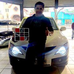 Marcelo Velasquez Fan de la 3era semana de agosto -  el ha elegido el siguiente producto.  http://www.miamicenter.cl/imagenes/productos/otros/luz_xenon_gt.htm