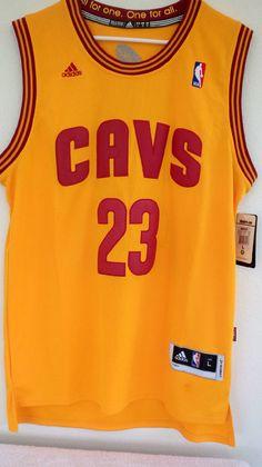 18a7f79c8b8 Adidas Authentic LeBron James Men s Jersey NBA Cleveland Cavaliers Classic  Sz L  adidas  ClevelandCavaliers