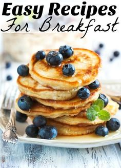 When you are not a morning person you need easy breakfast recipes that don't require you to be 100% awake. I specialize in these!