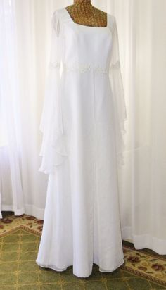 57150b5164 White Long Dress With Iridescent Beading Size 10