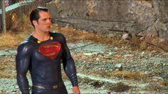 Foto dos bastidores de Batman Vs Superman!! #Superman #JusticeLeague #AlwaysHenryCavillBrasil (By @Hung Nguyen Dinh.gateway)
