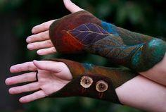 Katia-Mokeyeva_Felted Wrist Warmers