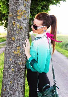 """Un altro scatto del servizio di Elisabetta Bertolini sul suo fashion blog """"MODAfashion by Elizabeth Bailey"""" con in evidenza gli orecchini Luca Barra Gioielli. #moda #fashion #fashionblogitalia #elizabethbailey #social"""
