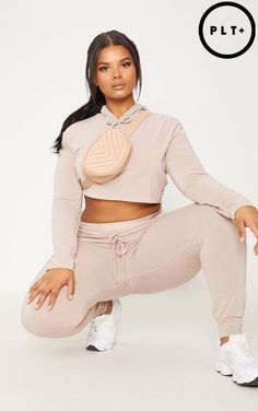 Welcome the new season with our catwalk inspired plus size clothing range. From sculpting dresses to flattering tops, shop plus size fashion at PLT USA. Plus Size Womens Clothing, Plus Size Outfits, Curvy Women Fashion, Plus Size Fashion, Cute Comfy Outfits, Plus Size Beauty, Poses, Cropped Hoodie, Types Of Fashion Styles