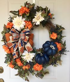 Country Fall Decor, Blue Fall Decor, Navy Blue Decor, Rustic Wreaths, Outdoor Wreaths, Grapevine Christmas, Grapevine Wreath, Wreath Ideas, Diy Wreath