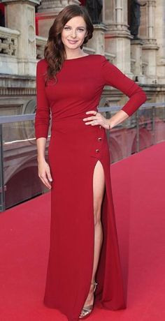 Rebecca Ferguson wears ELIE SAAB Ready to Wear Autumn Winter to the world premiere of Mission Impossible, Rogue Nation in Vienna Rebecca Ferguson Sexy, Elie Saab, Rebecca Fergusson, Elizabeth Woodville, Tom Cruise, Celebrity Look, Beautiful Actresses, Most Beautiful Women, Girl Crushes