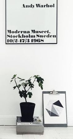Via NordicDays.nl   Frokenform   Moderna Museet   Black and White