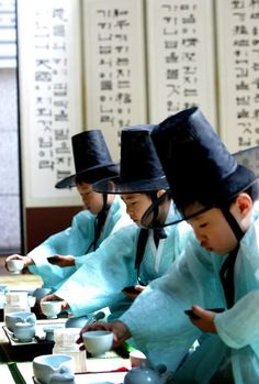 """The Darye"" is a traditional form of tea ceremony practiced in Korea. Darye literally refers to ""etiquette for tea"" or ""day tea rite"" and has been kept among Korean people for a thousands of years.Tea ceremonies are now being revived in Korea as a way to find relaxation and harmony in the fast-paced new Korean culture, and to preserve the long tradition of intangible Korean art."