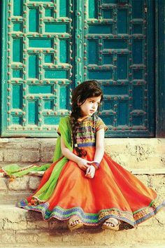 Pakistani Baby Girls Fancy Dresses For Birthday Party, Weddings Girls Fancy Dresses, Kids Party Wear Dresses, Birthday Dresses, Little Girl Dresses, Little Girl Photos, Kids Lehenga, Lehenga Choli, Baby Girl Images, Costume