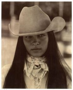 Native-Girl & A Cowgirl Too! Most Native American Women Do! Native American Beauty, Native American History, American Indians, American Life, We Are The World, People Of The World, Native Indian, Native Art, Westerns