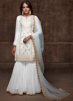 Looking to buy salwar kameez? ✓ Shop the latest dresses from India at Lashkaraa & get a wide range of salwar kameez from party wear to casual salwar suits! Pakistani Wedding Outfits, Pakistani Dresses, Indian Dresses, Indian Outfits, Sharara Designs, Kurti Designs Party Wear, Dress Designs, Salwar Kameez, Patiala