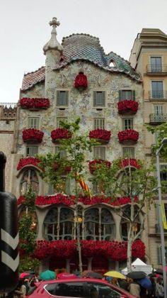 Diada de Sant Jordi casa batlló bcn