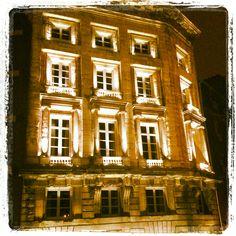 Maison de l'Armateur by night
