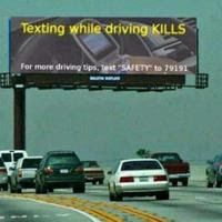 Meanwhile in America... Funny Texts, Funny Jokes, Fun Funny, Funny Troll, That's Hilarious, Texting While Driving, Driving Tips, Driving Safety, Driving Humor