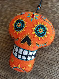 Handmade and one of a kind Halloween Rocks, Halloween Crafts, Sugar Skull Painting, Adornos Halloween, Mexican Embroidery, Felted Wool Crafts, Gothic Dolls, Fabric Yarn, Sewing Crafts