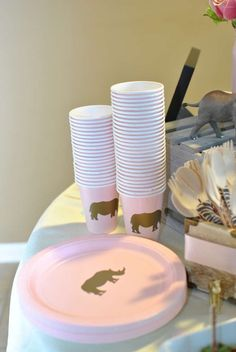 Annabelle's 7th Birthday Party - Glam Safari | CatchMyParty.com