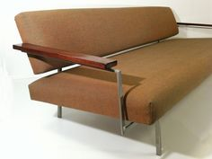 M348: modernistic couch, designed by Dutch architect Rob Parry 1960