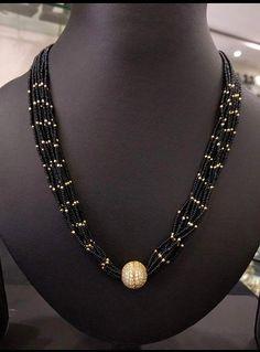 Jewelry OFF! Gold Earrings Designs, Beaded Jewelry Designs, Gold Jewellery Design, Bead Jewellery, Silver Earrings, Gold Jewelry Simple, Royal Jewelry, Schmuck Design, Creations