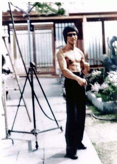 Forever Bruce Lee -the little dragon- plus — The Legend Bruce Lee Fans page Facebook