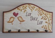 Decoupage Vintage, Arte Pallet, Tole Painting, Dyi, Leather Wallet, Shabby, Plates, Ideas, Pallet Painting