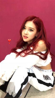 Kim Jennie, South Korean Girls, Korean Girl Groups, Divas, Rose Bonbon, Rose Park, 1 Rose, Blackpink Photos, Rose Wallpaper