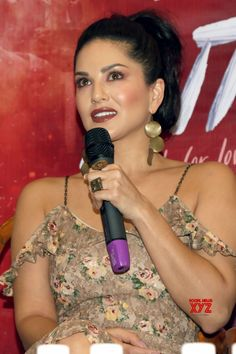 Sunny Leone promotes animal-free fashion - Social News XYZ