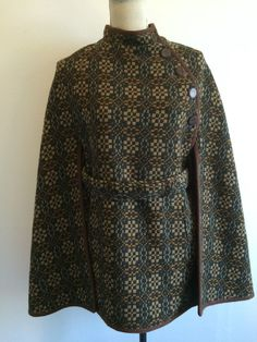 LADIES WELSH TAPESTRY WOOL CAPE VINTAGE - STUNNING in Clothes, Shoes & Accessories, Women's Clothing, Coats & Jackets | eBay Retro Fashion, Vintage Fashion, Vintage Style, Wool Cape, Jacket Style, Welsh, Style Me, Tapestry, Coats