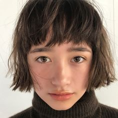 Pretty Pale Blonde - 60 Layered Bob Styles: Modern Haircuts with Layers for Any Occasion - The Trending Hairstyle Short Sassy Haircuts, Asymmetrical Bob Haircuts, Modern Haircuts, Girl Haircuts, Layered Haircuts, Bob Hairstyles, Straight Hairstyles, 1940s Hairstyles, Wedding Hairstyles