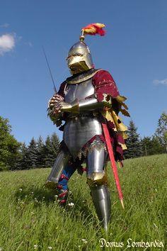 Medieval milanese armor   italian 14th armor hight decored bascinet plate armor full