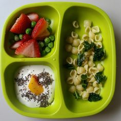 """Strawberries and peas/shell pasta and kale/ whole milk yogurt, peach slice, and chia seeds. @replayrecycled #bigbossledweaning #blw #babyfood #blw…"""
