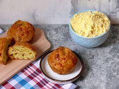 Wytrawne babeczki z mąki kukurydzianej z cukinią i serem