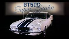 Ford Mustang Shelby Super Snake : un prix de vente record 1967 Shelby Gt500, Shelby Gt 500, Ford Mustang Shelby Gt500, Mustang Boss, Mustang Super Snake, Cool C, Most Expensive, American Muscle Cars, Mustangs