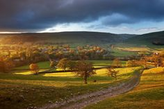 (PHOTO: © David Noton Photography / Alamy) Beautiful Yorkshire in pictures: Arncliffe, Littondale, Yorkshire Dales National Park Yorkshire Dales, South Yorkshire, Landscape Art, Landscape Paintings, Country Living Uk, Northern England, Travel Articles, Beautiful Islands, Holiday Travel