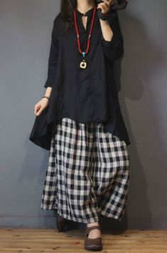 Vintage Buttons Asymmetrical Designer Blouse Loose Linen Ladies Shirt in Caramel Red Black One Size Western Dresses For Women, Dress Shirts For Women, Pants For Women, Clothes For Women, Stylish Dresses, Women's Fashion Dresses, Casual Dresses, Indian Designer Suits, Designer Wear