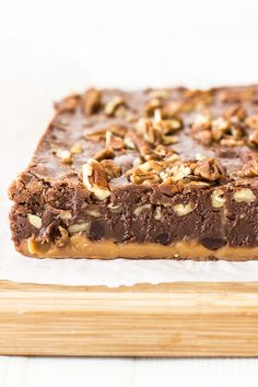 Turtle Fudge by The Beach House Kitchen Holiday Snacks, Holiday Ideas, Candy Bark, Candy Recipes, Turtle, Caramel, Smooth, Brownies, Treats